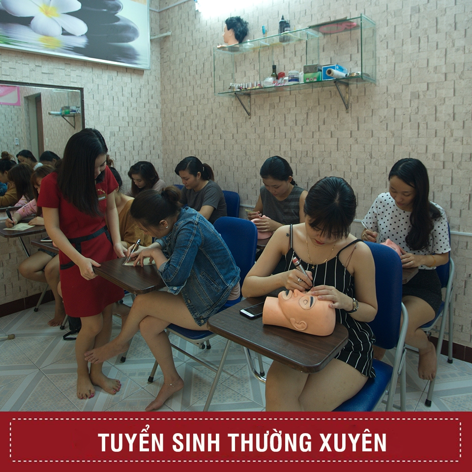 học làm nail tại Đà Nẵng